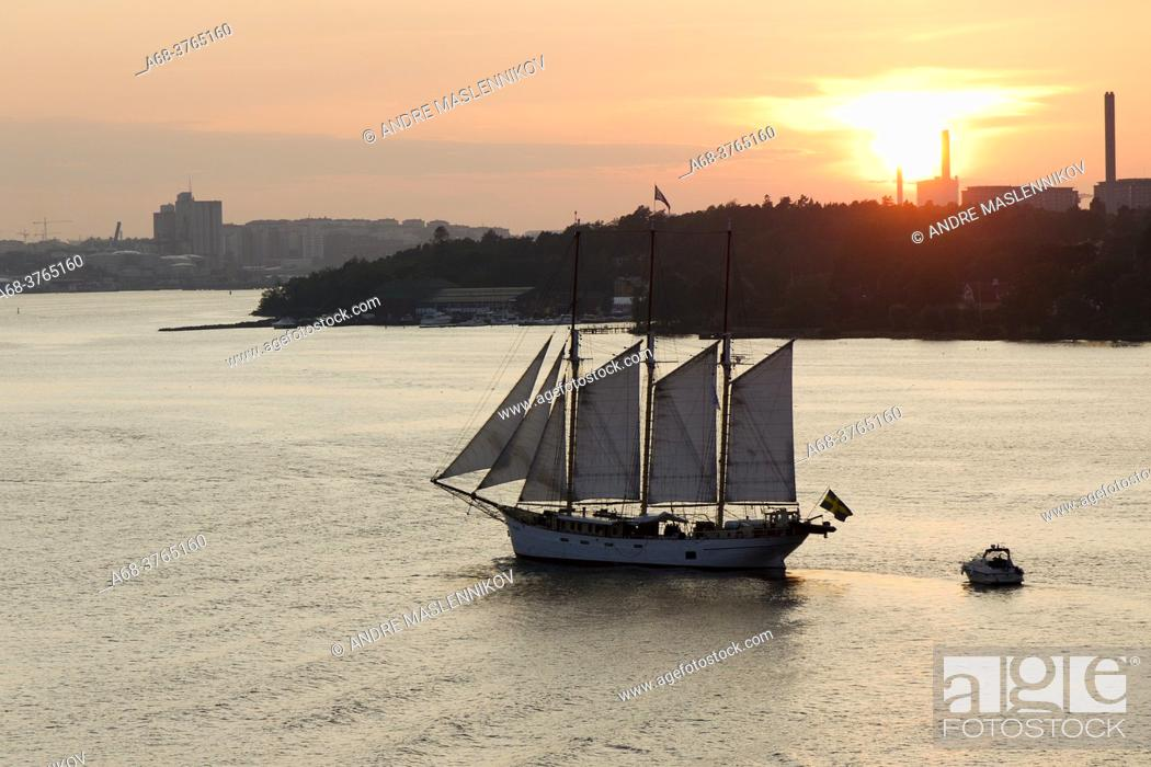 Stock Photo: S / Y Najaden on its way to Stockholm. Sweden.