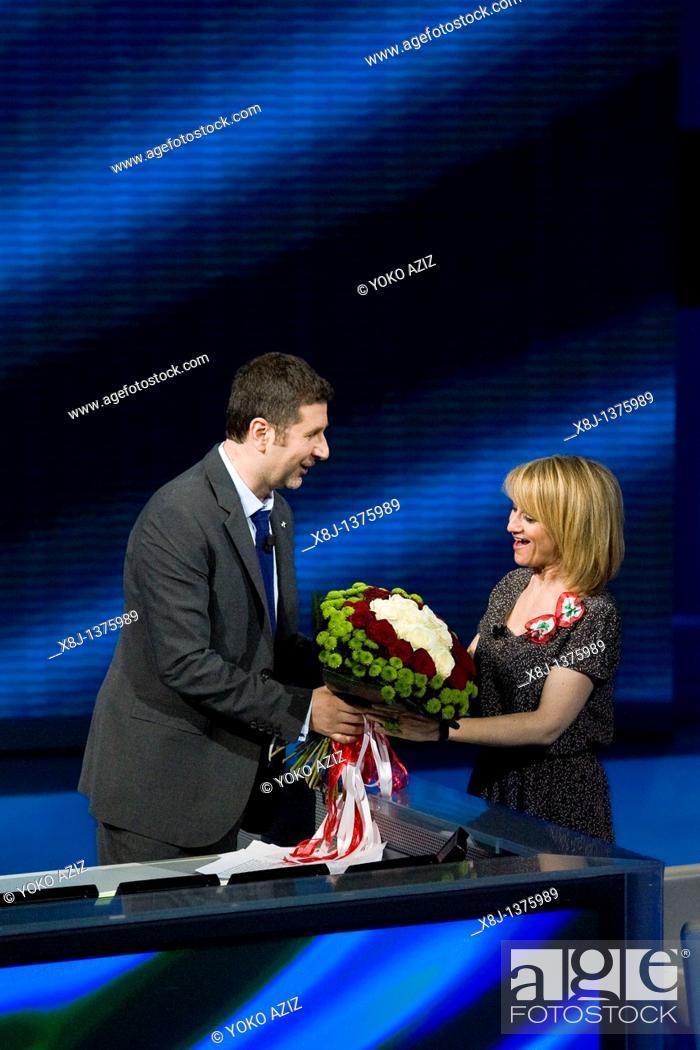 Imagen: 13 03 2011  Milan  RAI 3, telecast 'Che tempo che fa'  Fabio Fazio and Luciana Littizzetto.