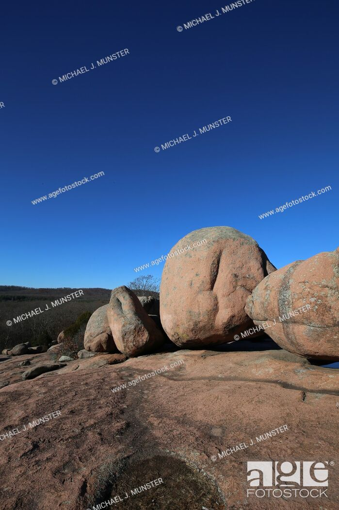 Stock Photo: Elephant Rocks outside of Saint Louis, Missouri. USA.
