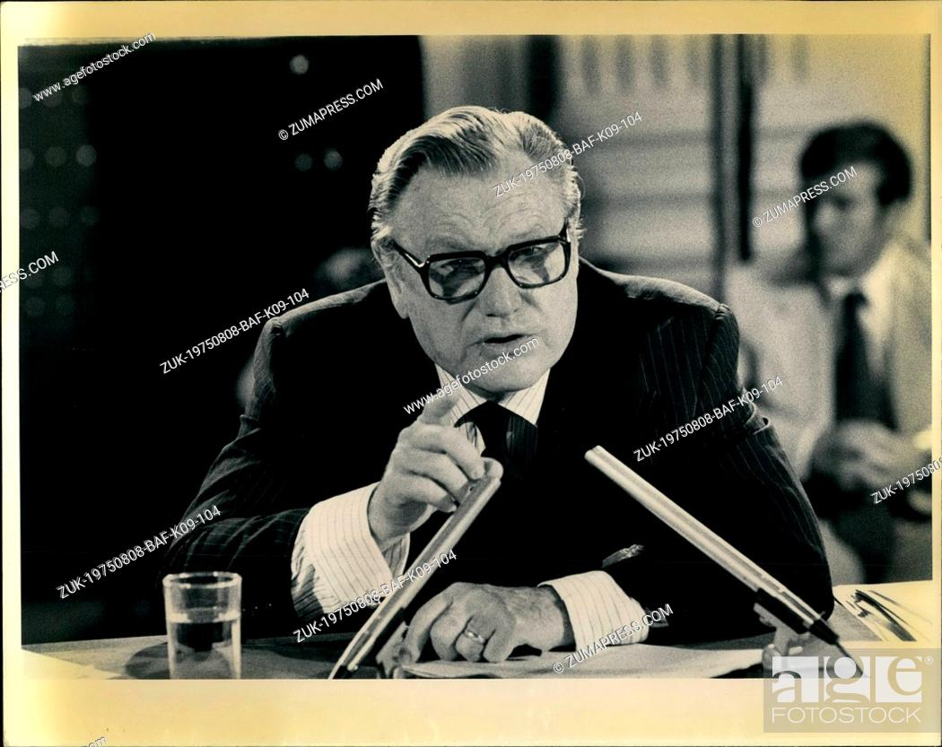 Imagen: Aug. 08, 1975 - Vice President Nelson Rockefeller testifying before the Moreland Commission which is investigating nursing home abuses.