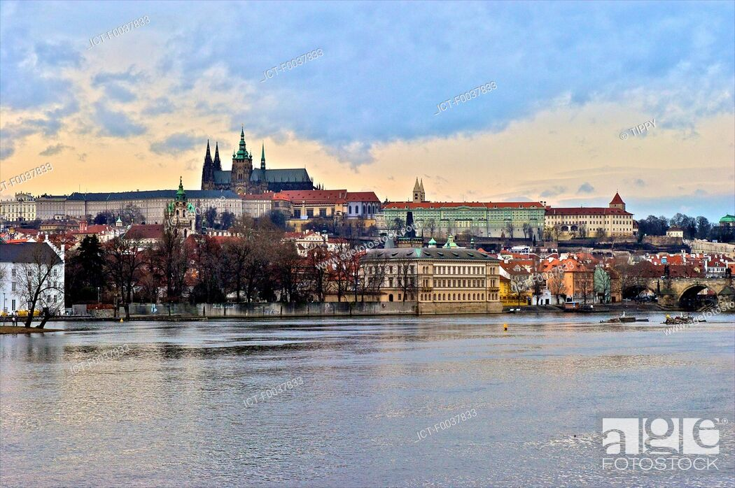 Stock Photo: Czech Republic, Prague, Vltava river and Saint Vitus cathedral in the background.