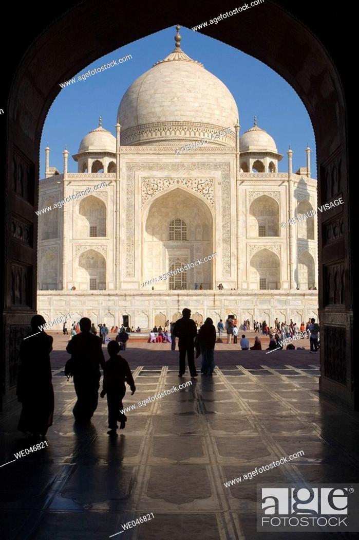 Stock Photo: View of Taj Mahal through the Mosque gates.  Agra. Uttar Pradesh. India.