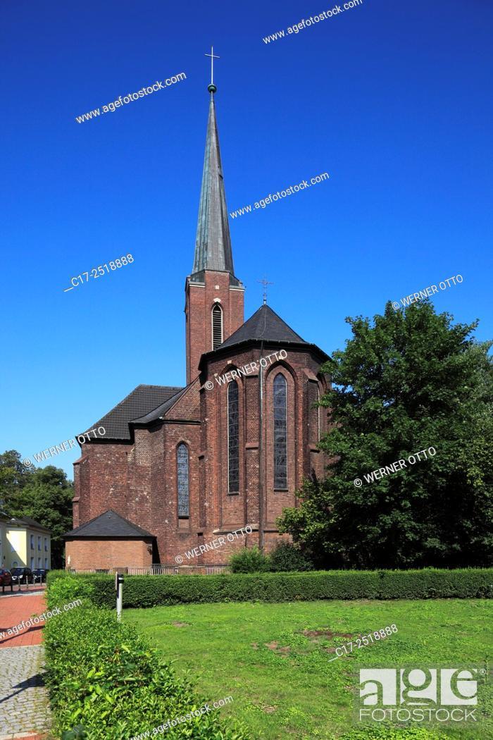 Stock Photo: Germany, Moers, Lower Rhine, Ruhr area, Rhineland, North Rhine-Westphalia, NRW, Saint Josef church, catholic church, parish church, pseudo basilica.