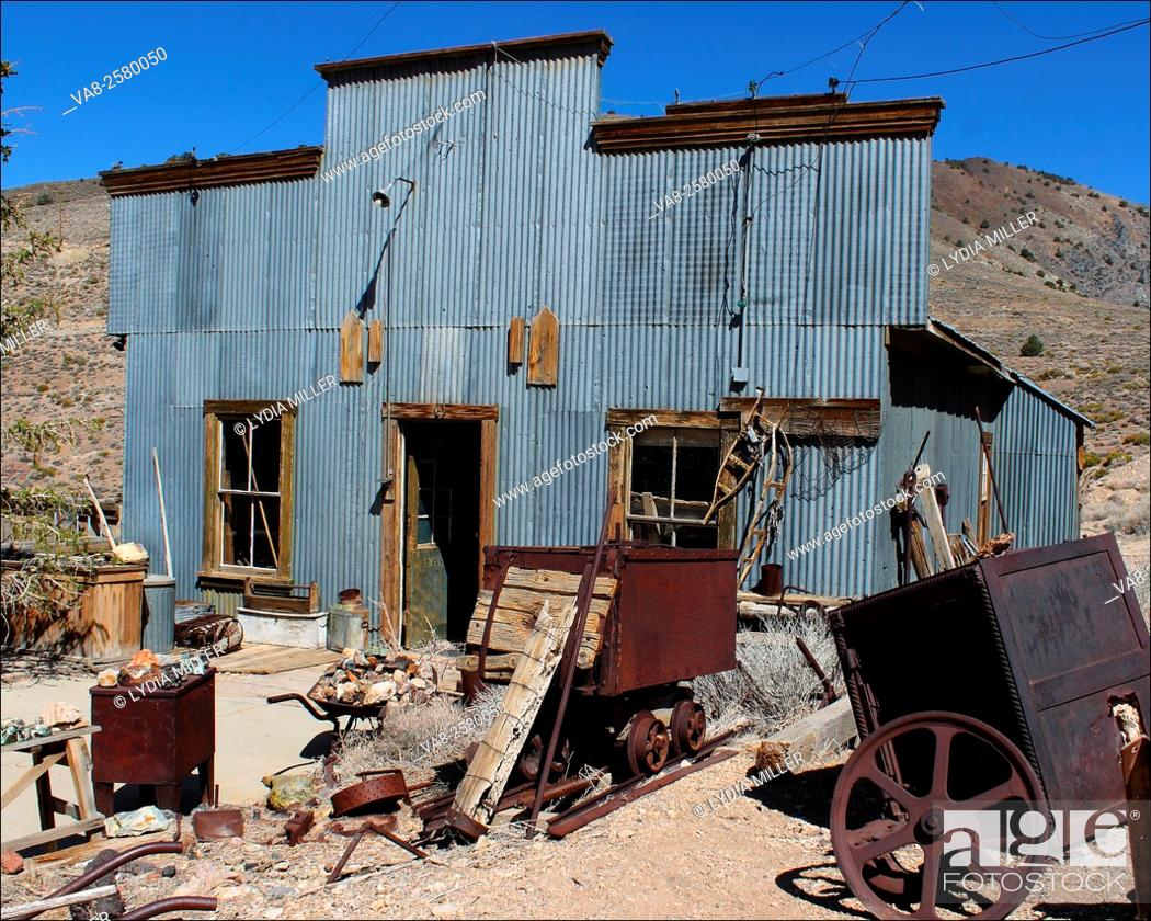Stock Photo: Old metal building in Death Valley, CA.