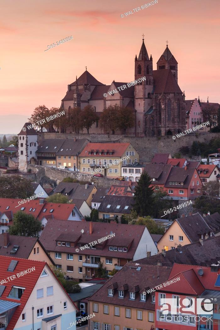 Stock Photo: Germany, Baden-Wurttemburg, Black Forest, Breisach, St. Stephansmunster cathedral, built 15th century, elevated view, dusk.