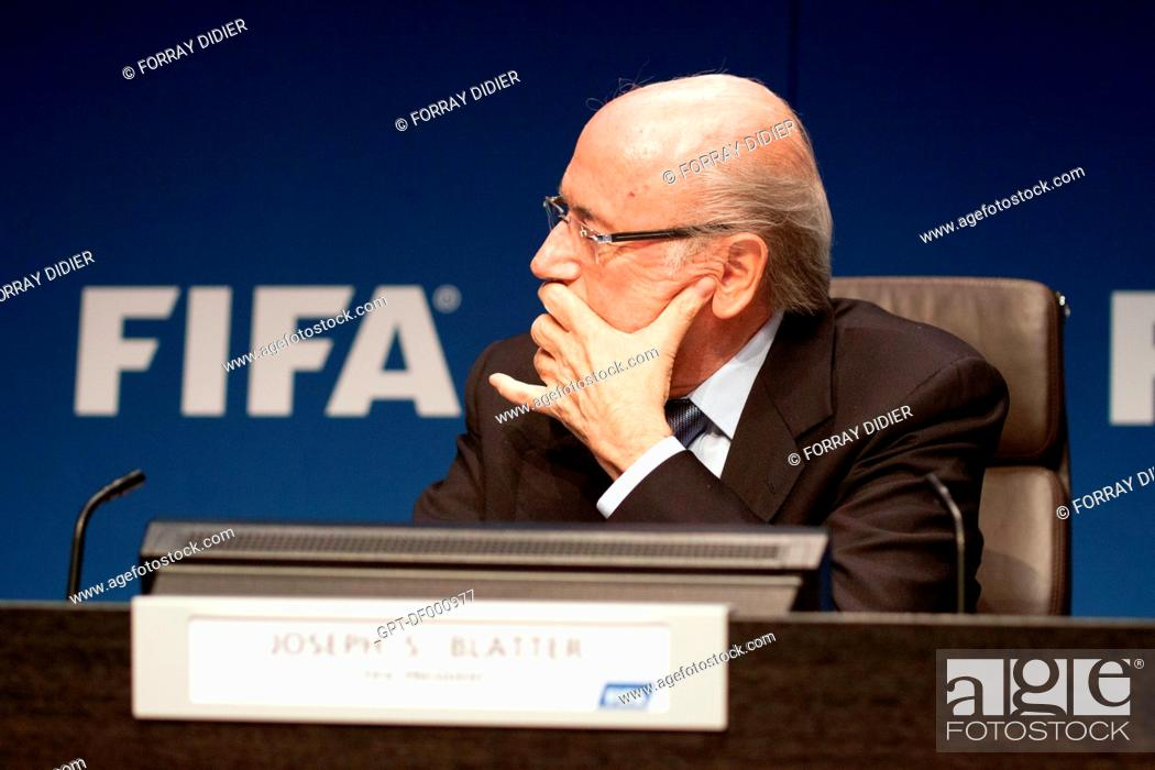 Imagen: PROFILE OF JOSEPH SEPP BLATTER WEARING GLASSES MADE BY MERCEDES DURING A PRESS CONFERENCE AT THE FIFA HEADQUARTERS, INTERNATIONAL FOOTBALL FEDERATION, ZURICH.