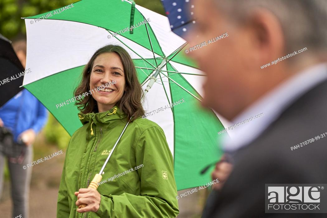 Stock Photo: 08 July 2021, Rhineland-Palatinate, Boppard: Anne Spiegel (Grüne), Minister for the Environment of Rhineland-Palatinate, informs herself about measures.