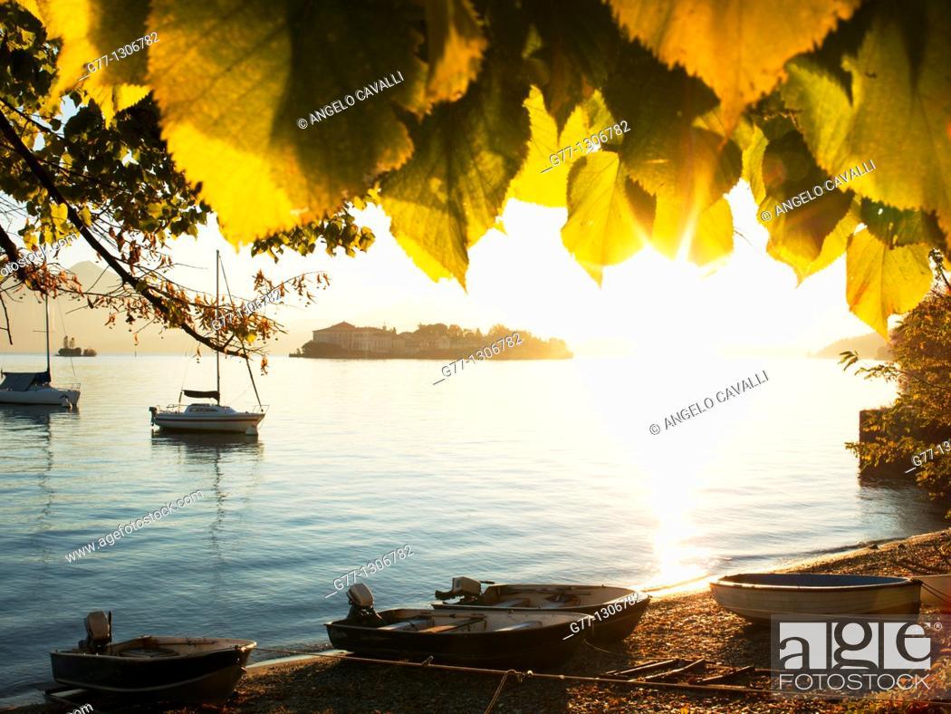 Stock Photo: Isola dei Pescatori, Borromean Islands, Lake Maggiore, Piedmont, Italy.