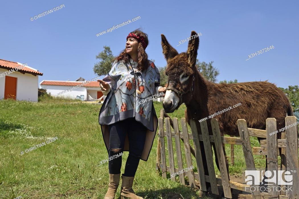Photo de stock: Barbara, owner of the Terra do Sempre guesthouse near Grandola, Alentejo region, Portugal, southwertern Europe.