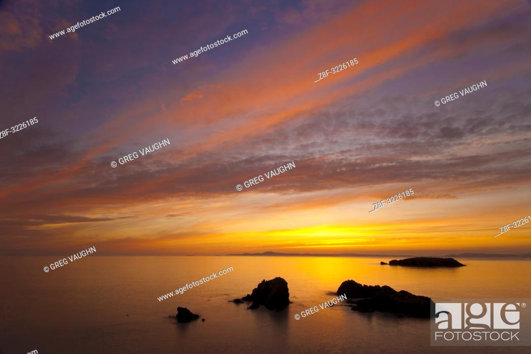 Imagen: Sunset at Rosario Beach, Deception Pass State Park, Fidalgo Island, Washington.