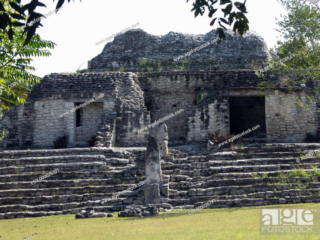 Stock Photo: Mayan ruins of Kohunlich, 600 a.D. Quintana Roo, Mexico.
