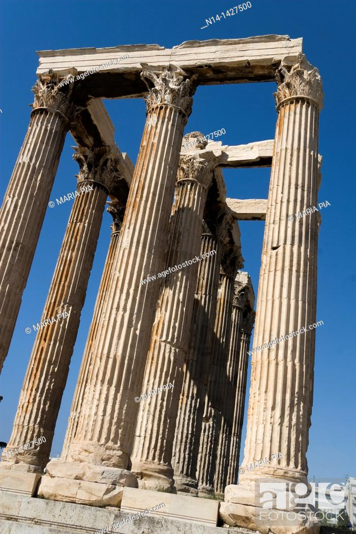 Stock Photo: Detail of the temple's Corinthian capitals, architraves and columns, Temple of Zeus, Athens, Greece.