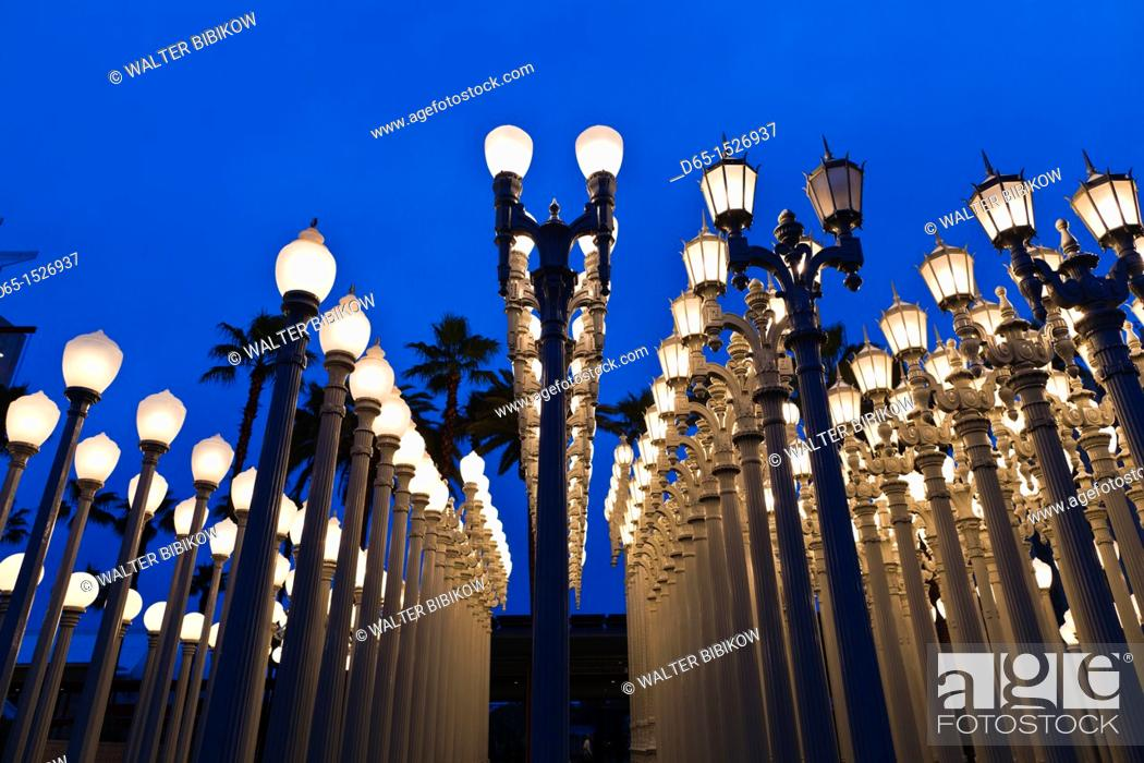 Stock Photo: USA, California, Southern California, Los Angeles, Los Angeles County Museum of Art, LACMA, Urban Light by Chris Burden.