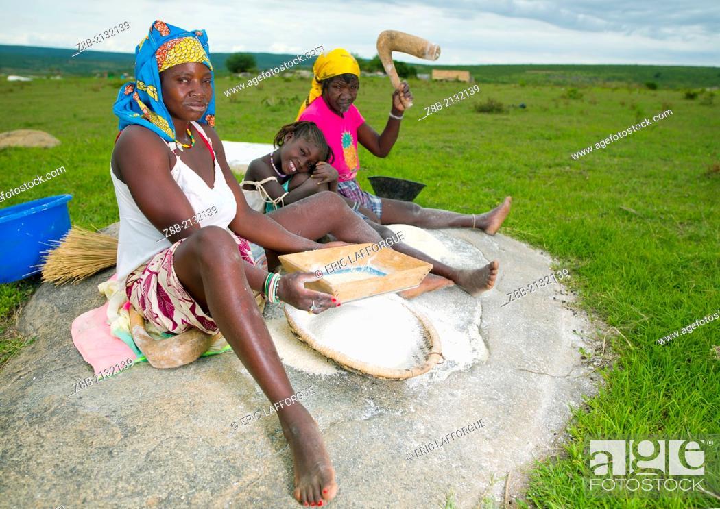 Stock Photo: caconda village.