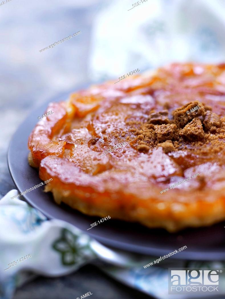 Stock Photo: Apple and cinnamon tatin tart.