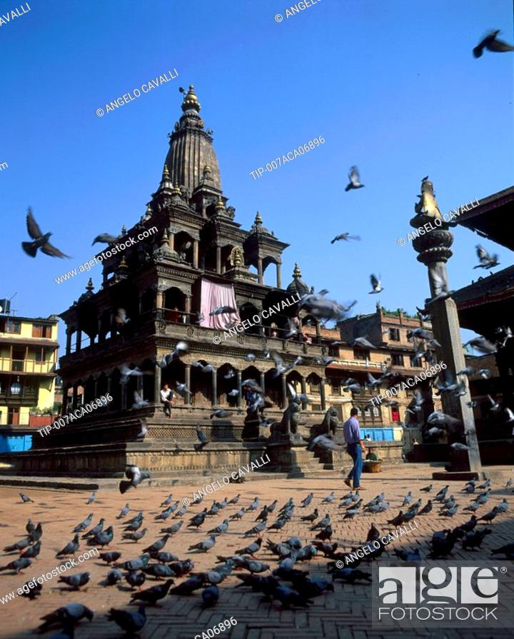 Stock Photo: Nepal, Patan. Durbar square and temple.