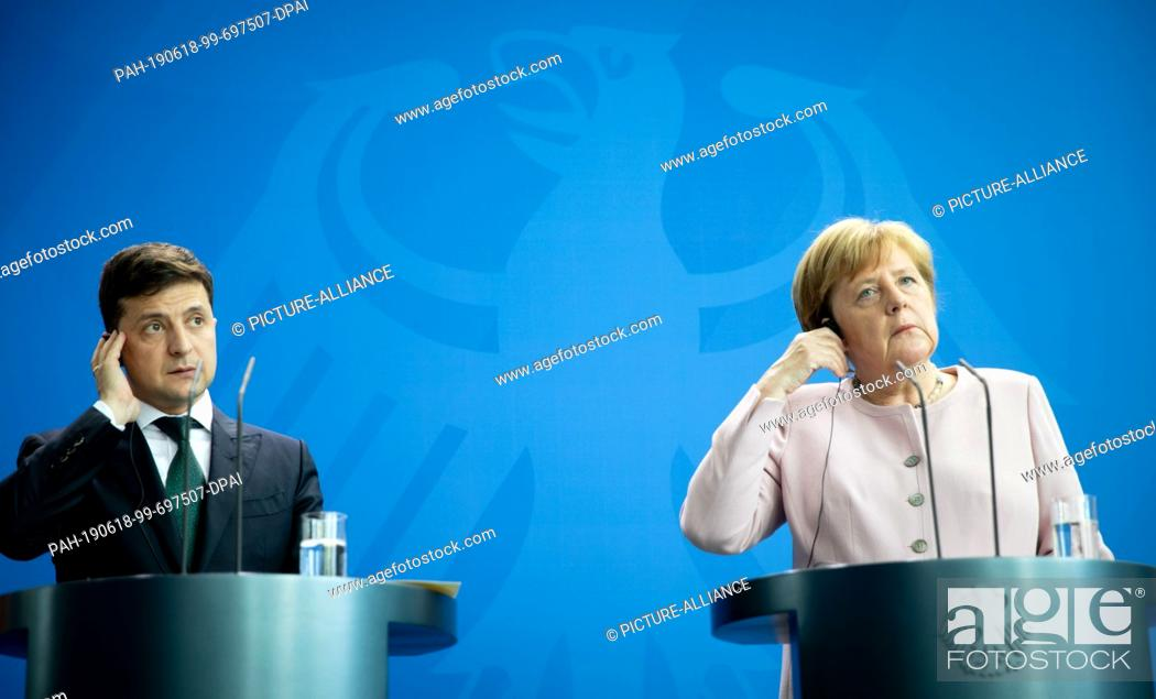 Imagen: 18 June 2019, Berlin: Federal Chancellor Angela Merkel (CDU) and Volodymyr Selensky, President of Ukraine, will hold a press conference at the Federal.