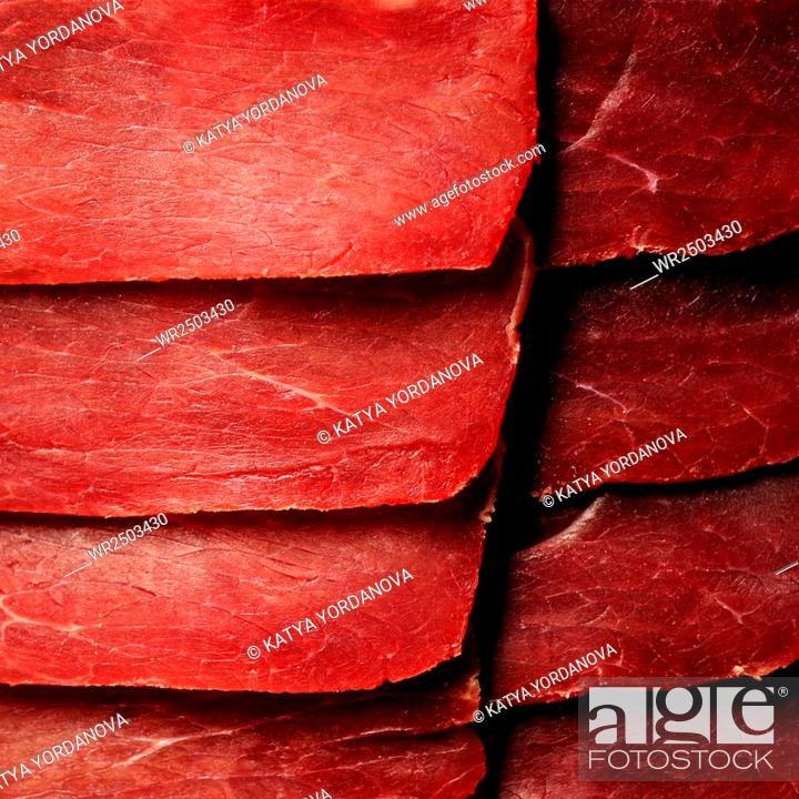 Imagen: Slices of meat.