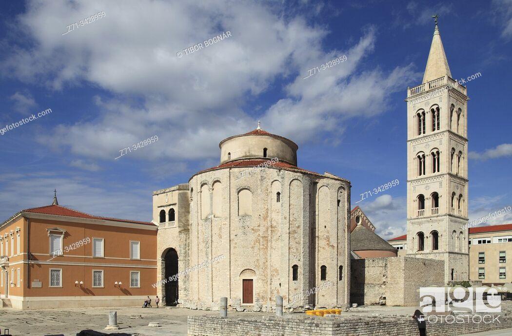 Imagen: Croatia, Zadar, Forum, St Donatus Church, St Anastasia Cathedral.