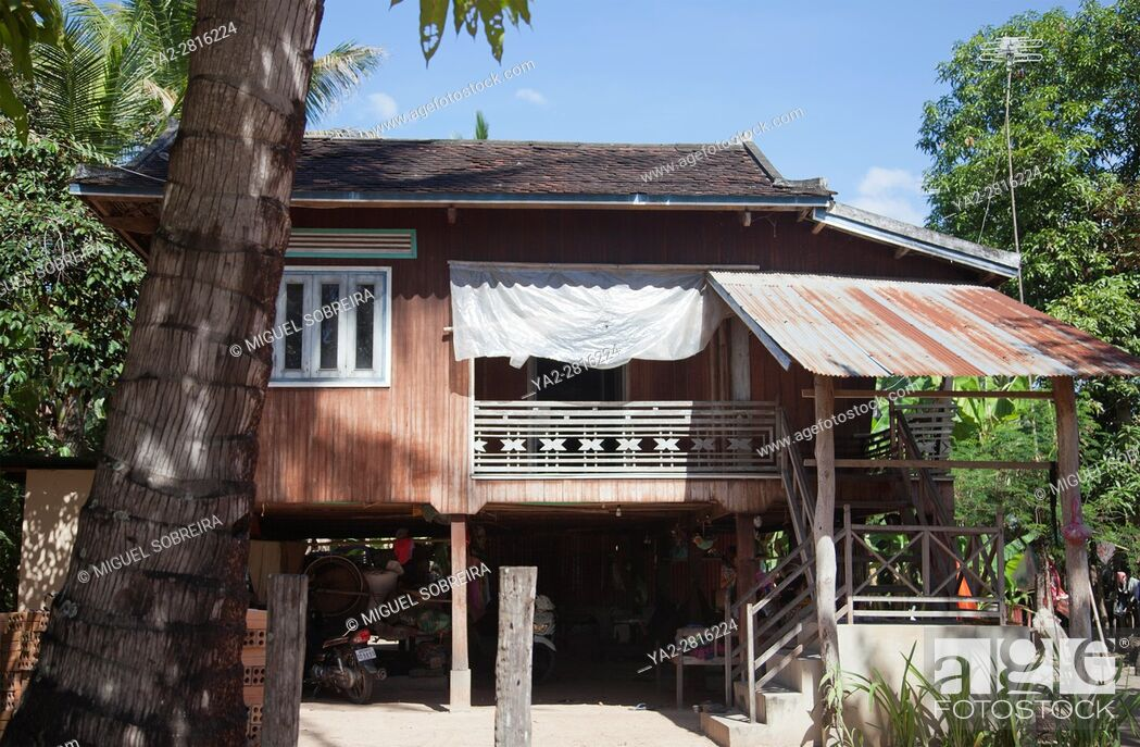 Imagen: Preah Dak House in Siem Reap Village - Cambodia.