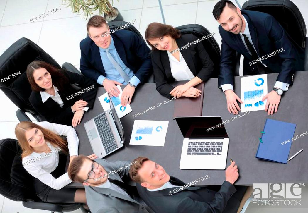 Photo de stock: business team works with the financial schedules in the office.