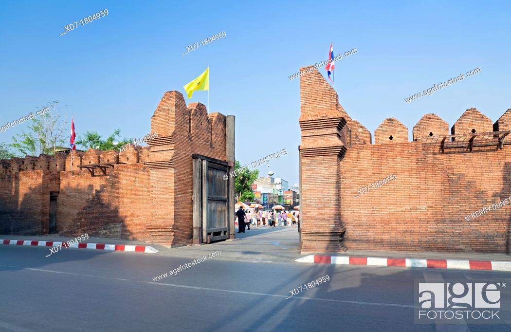 Stock Photo: Pratu Tha Phae City Gate, Chiang Mai, Thailand.