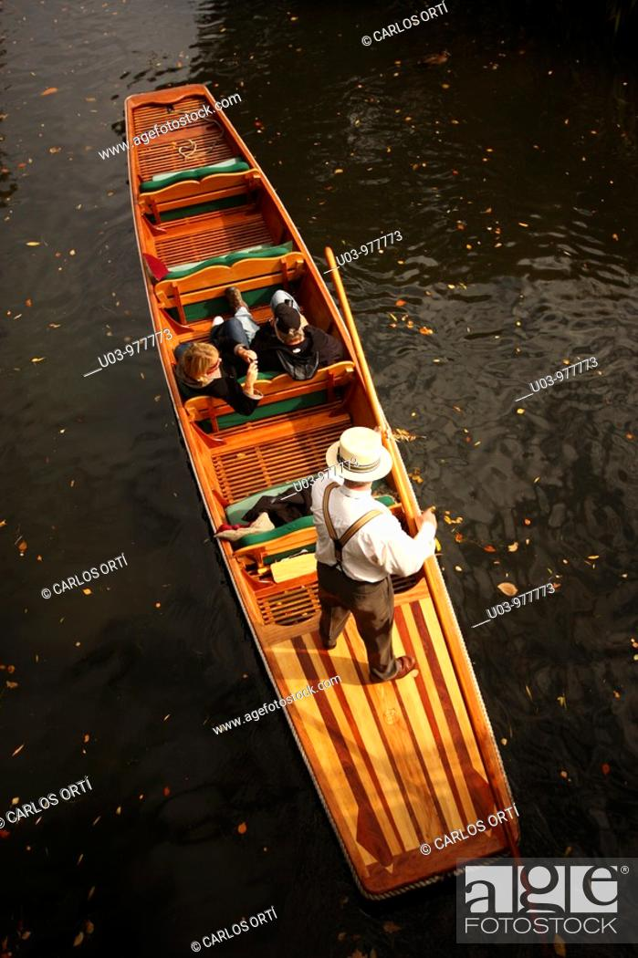 Stock Photo: Tourist gondola in Christchurch, New Zealand.