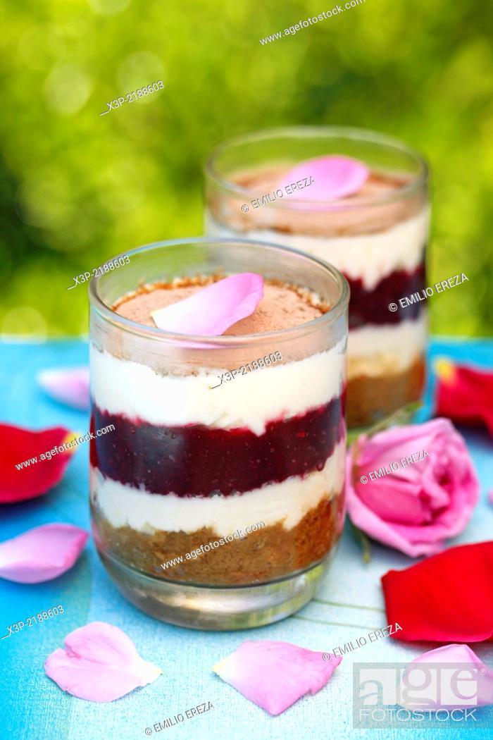 Stock Photo: Roses tiramisu.