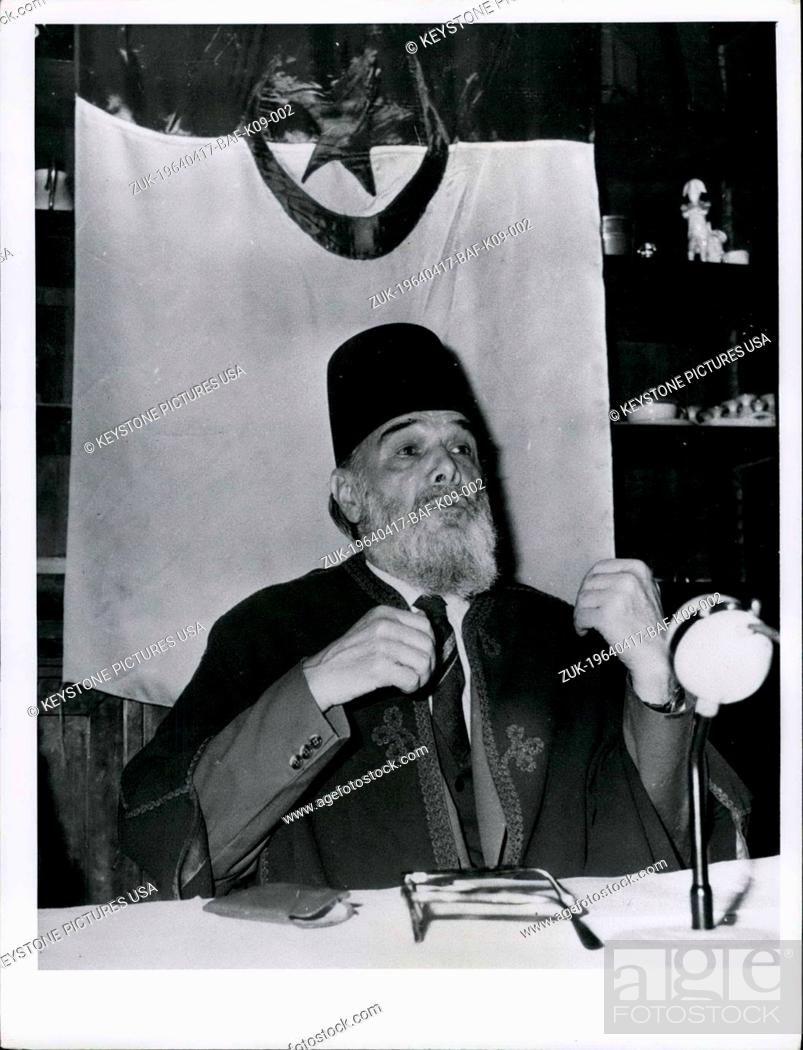 Imagen: Apr. 17, 1964 - Messali Hadj, President of the Algerian People's Party at his press conference in Toutevoie Manor, near Gouvieux (Oise) in France.