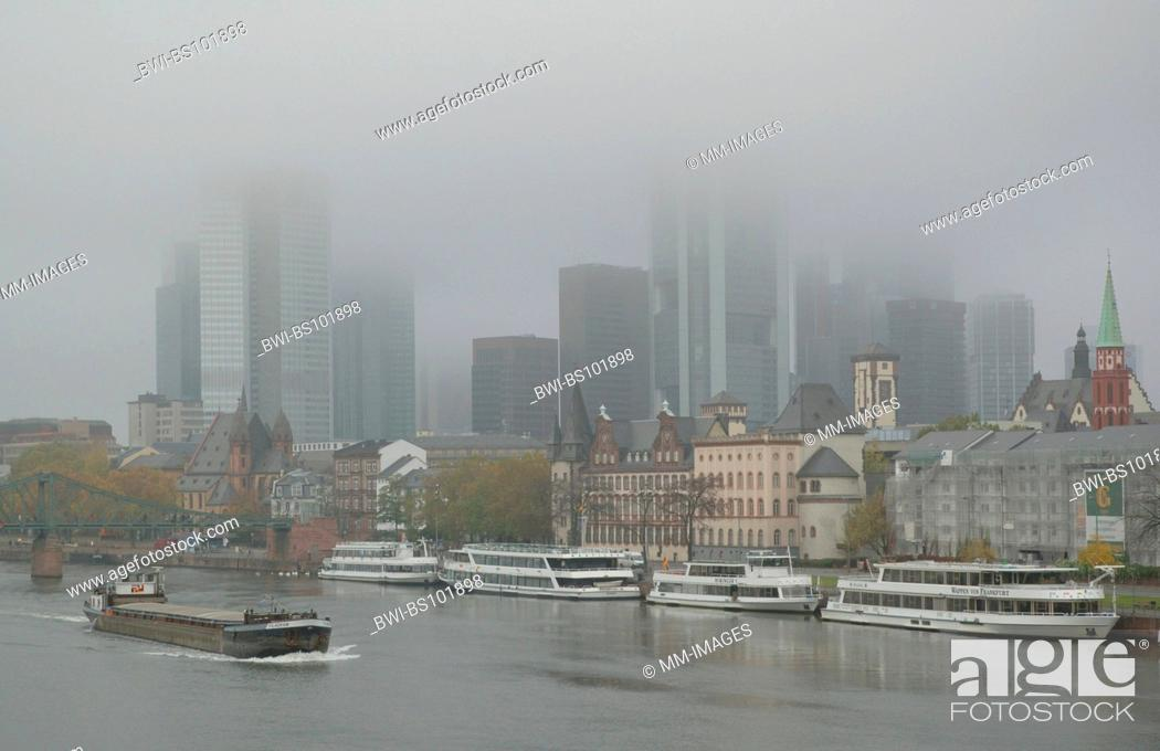 Stock Photo: River Main and the skyline of Frankfurt in fog, Germany, Hesse, Frankfurt/Main.