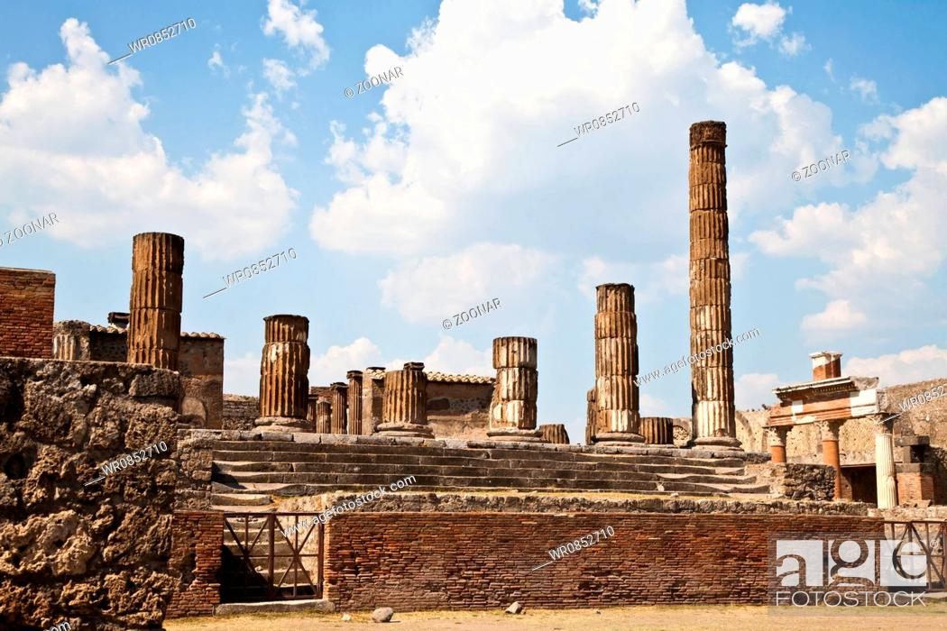 Stock Photo: Pompeii - archaeological site.