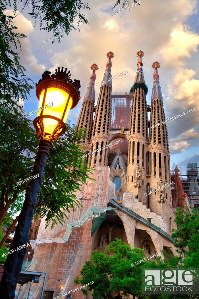 Stock Photo: Basílica de la Sagrada Familia by Antonio Gaudí. Barcelona. Catalonia. Spain.