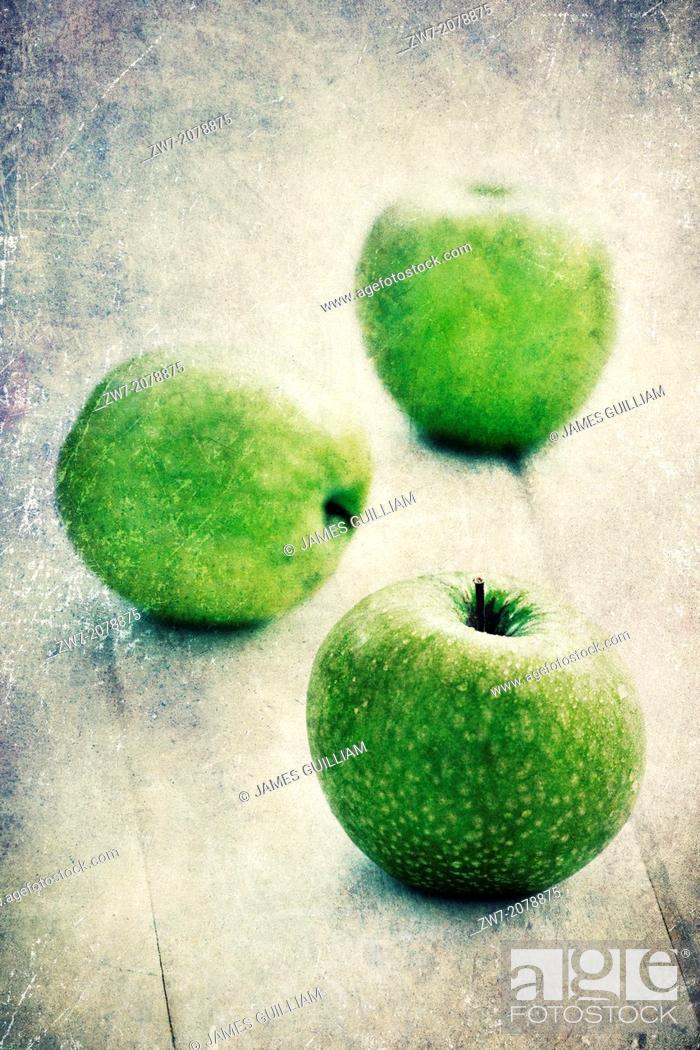 Stock Photo: Fresh green Apples, variety Granny Smith.