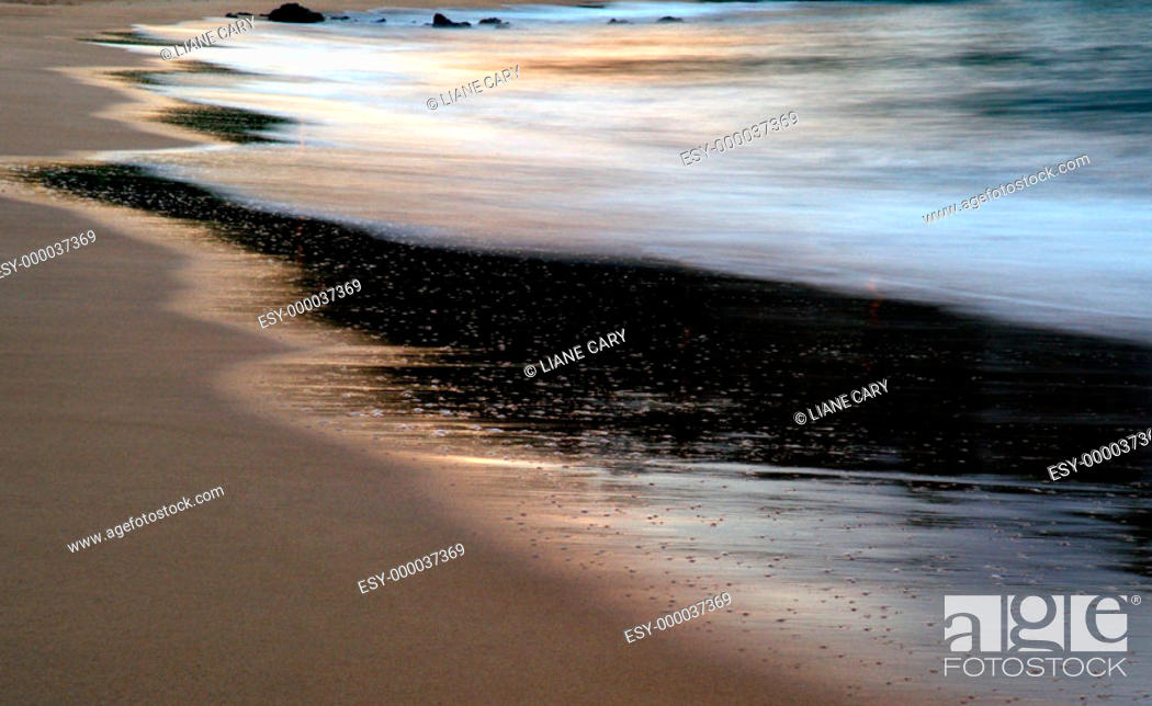 Stock Photo: Morning beach, Maui. Hawaii, USA.