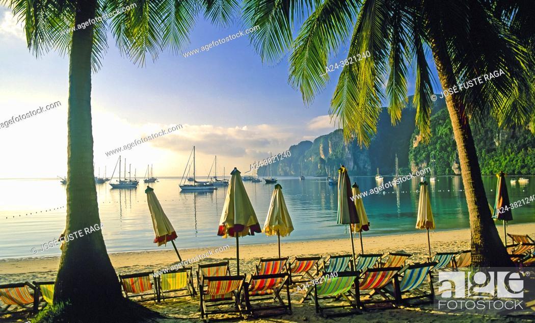 Stock Photo: Thailand-. Krabi Province. Phi Phi Don Island.