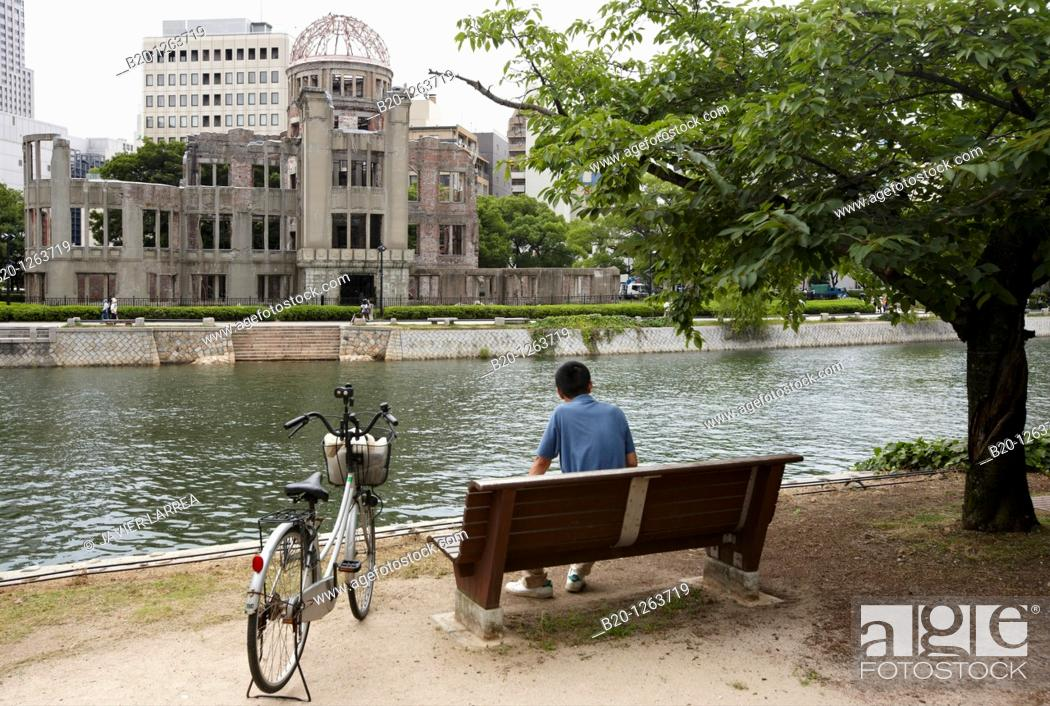 Stock Photo: Atomic Bomb Dome, Peace Memorial Park, Hiroshima, Japan.