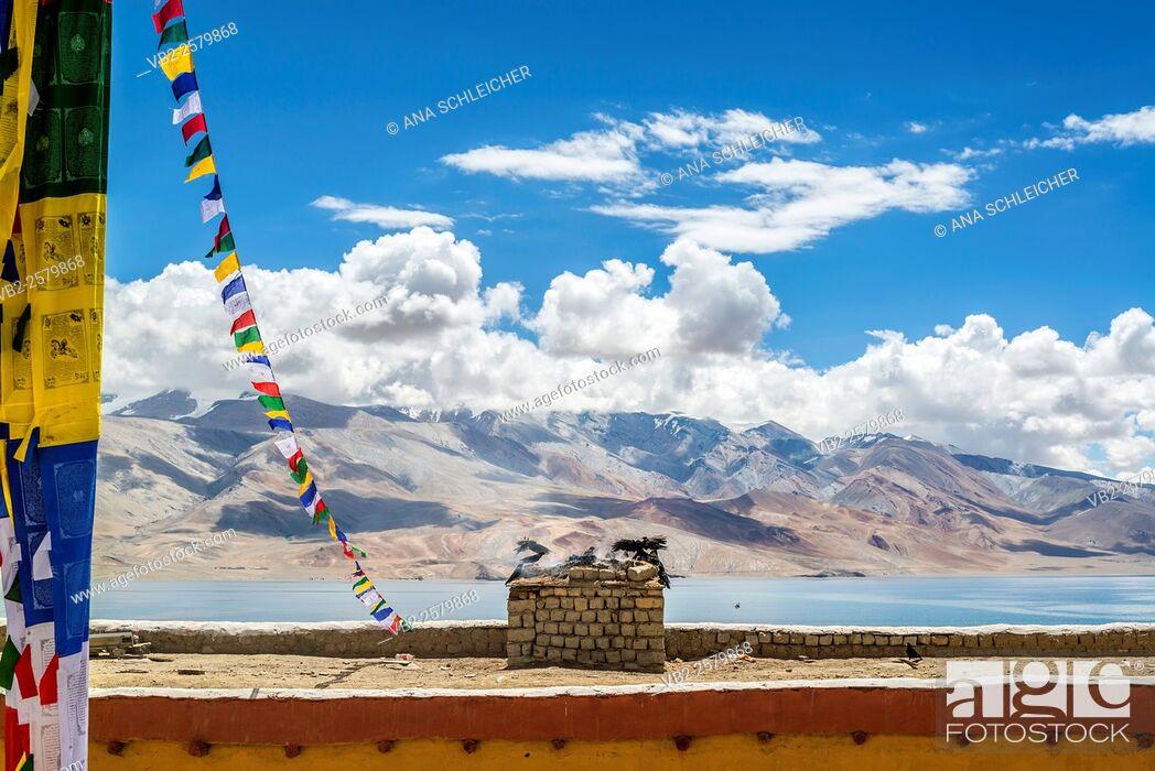 Stock Photo: Nomad summer festival in Tso Moriri lake, Ladakh (India).