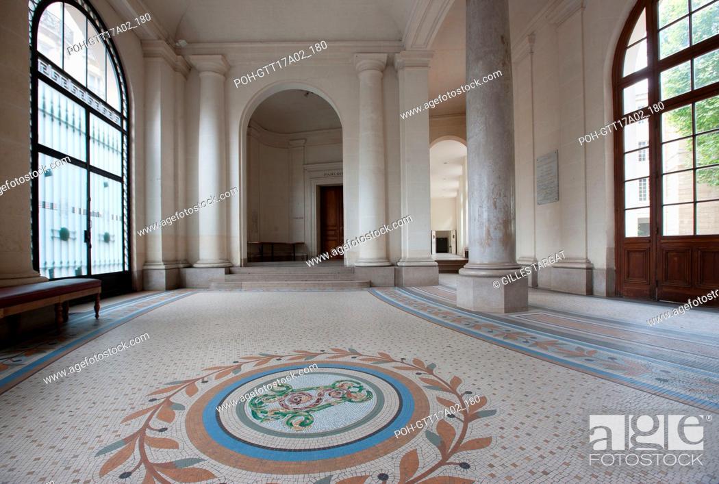 Stock Photo: Paris, boulevard Saint Michel, lycee saint louis, entrance hall and monogram of Saint Louis, Photo Gilles Targat.