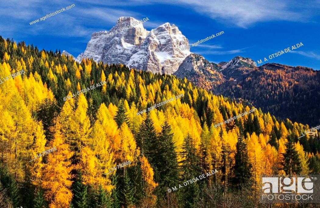 Stock Photo: Mount Pelmo (3168 m), Dolomites, Italy.