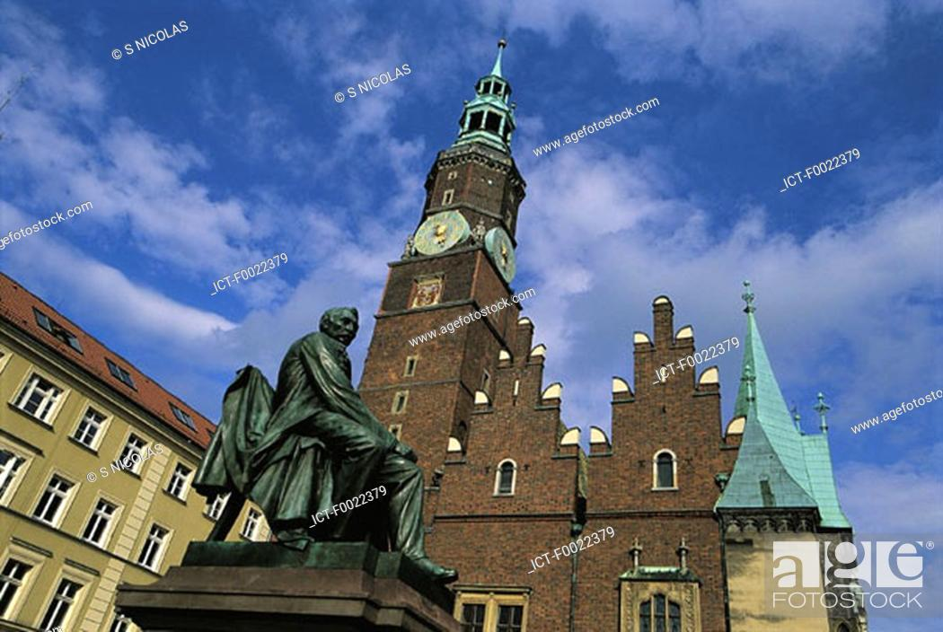 Stock Photo: Poland, Wroclaw, market place.