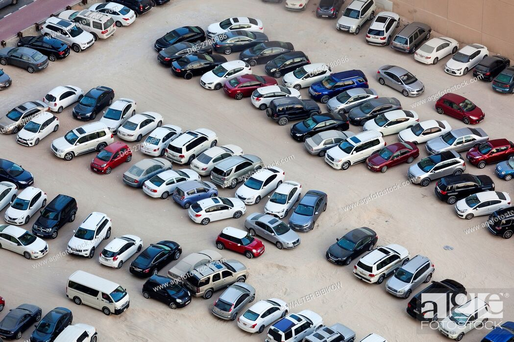 Stock Photo: UAE, Dubai, Dubai Marina, elevated view of parking lot.