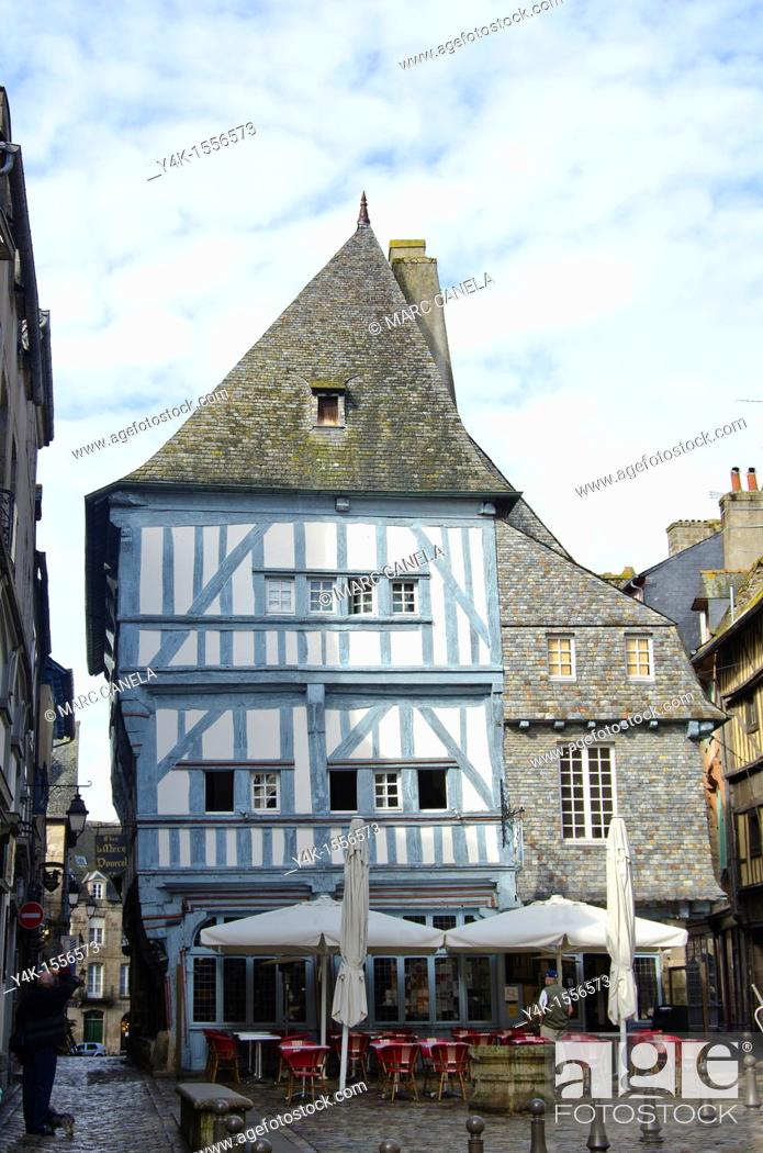 Stock Photo: Typical medieval building, Dinan, Côtes d'Armor, Brittany, France.