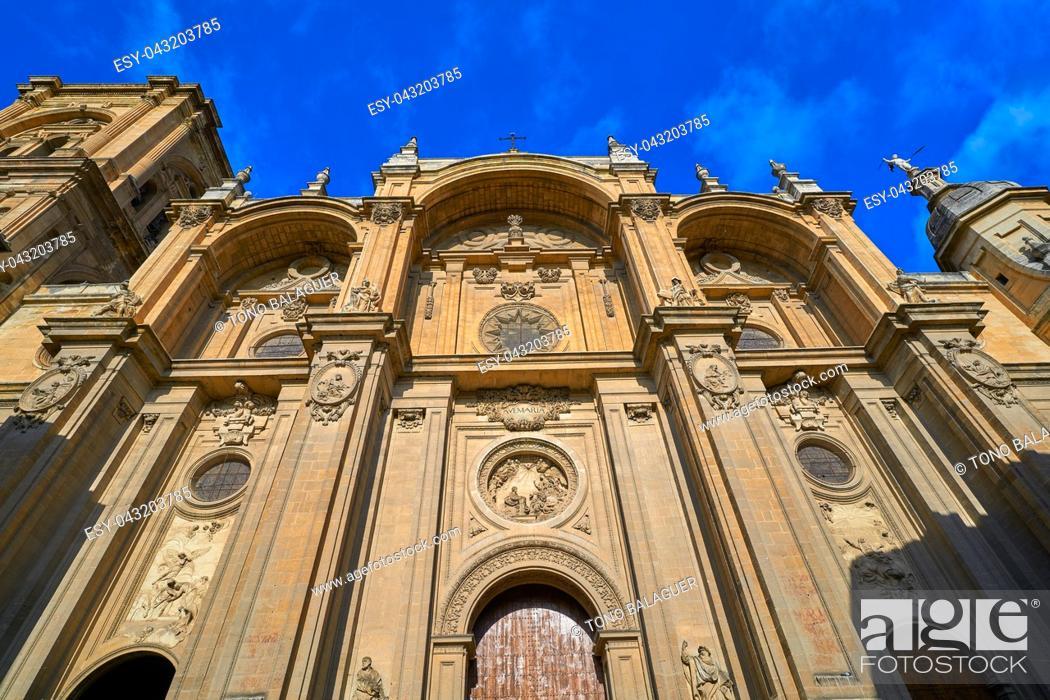 Imagen: Granada Cathedral facade in Spain Andalusia.