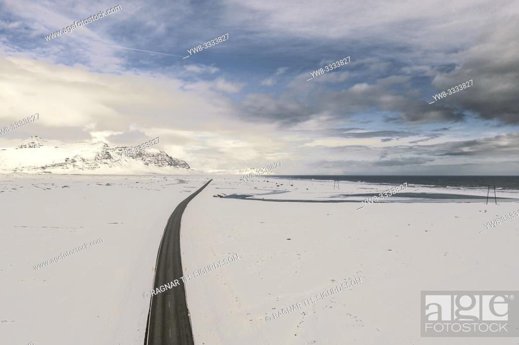 Stock Photo: Ring Road or Route One, Vatnajokull National Park, Iceland.