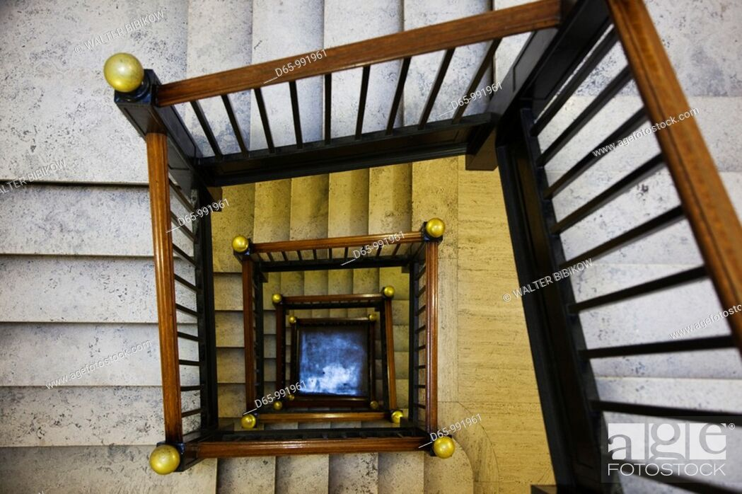 Stock Photo: USA, West Virginia, Charleston, West Virginia State Capitol, staircase to the legislative chamber galleries.