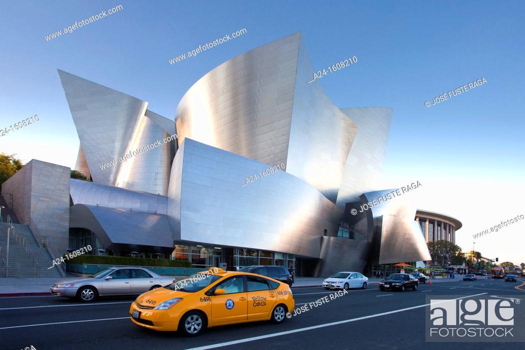 Stock Photo: Walt Disney Concert Hall by architect Frank O. Gehry, Los Angeles, California, USA.