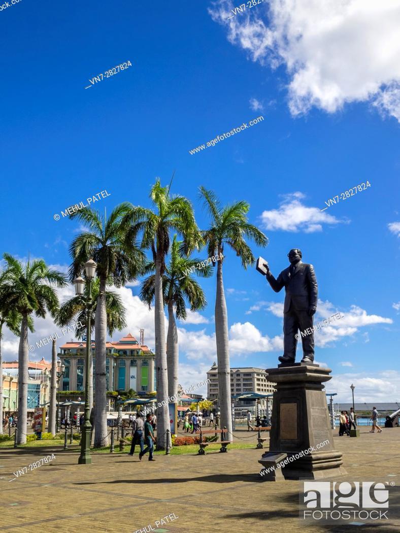Imagen: Statue of Sir Seewoosagur Ramgoolam, Caudan Waterfront, Port Louis, Mauritius.