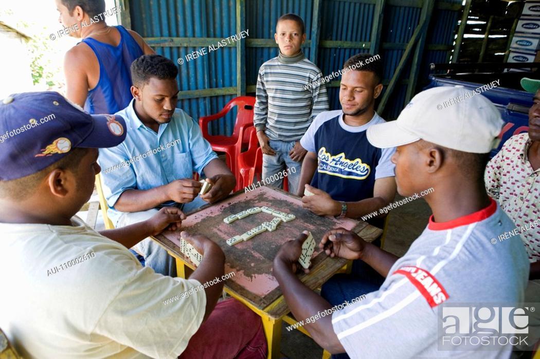 Stock Photo: Dominican Republic - Centre - Region El Pico Duarte - Domino Players.