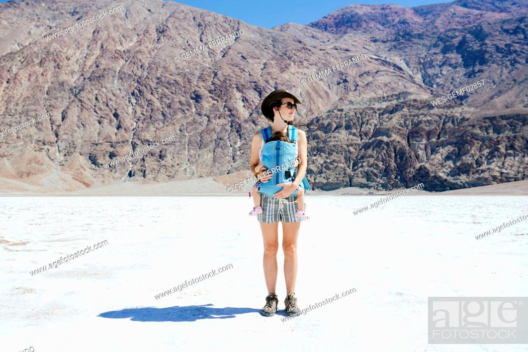 Stock Photo: USA, California, Death Valley National Park, Badwater Basin, mother.