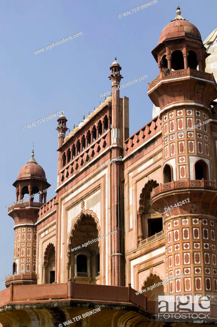 Stock Photo: Safdarjang's Tomb, built 1754 one of the last examples of  Mughal Architecture. Central Delhi. Delhi. India.